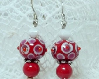 Red and White Dangled Earrings