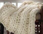 Super Chunky Blanket, Throw, Knit Blanket, Giant Knitting