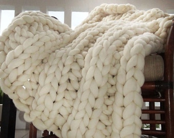 Super Chunky Blanket, Throw, Knit Blanket, Giant Knitting