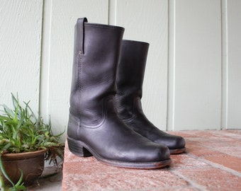 Vintage Mens 11 Frye Tall Pull On Motorcycle Boots Campus Southwestern Country Western Moto Riding Biker Rider Hipster All Leather Black