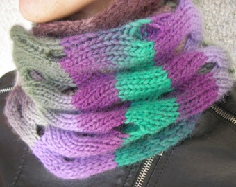 Colorful knit Cowl – mobius scarf -wool Neckwarmer -scarf Infinity-snood