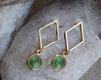 Geometric Green Earrings. Gold Rhombus Earrings. Green Swarovski Earrings. Rhombus Stud Earrings. Green Dangle Earrings. Geometric jewelry