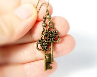 Antiqued Brass Vintage Style Tiny Skeleton Key Dangle Earrings - Bridesmaids Gifts Idea - Bridal Jewelry - CP116