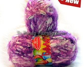 Baloons Pom Pom Yarn: Fuzzy Multicolor in shades of purples and white (08)