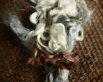 Muriel's mohair locks washed silvery creamy grey