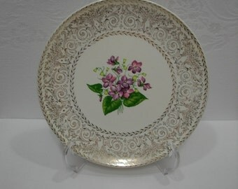 Spring Violet Plate by Cunningham and Pickett Inc /  Vintage 22K Gold Edge Transferware China Dinner Plate / Homer Laughlin China