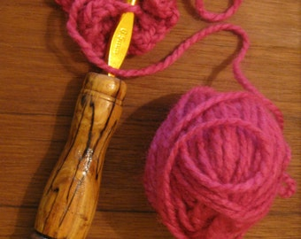Handturned crochet hook - Size K  (6.5 mm)