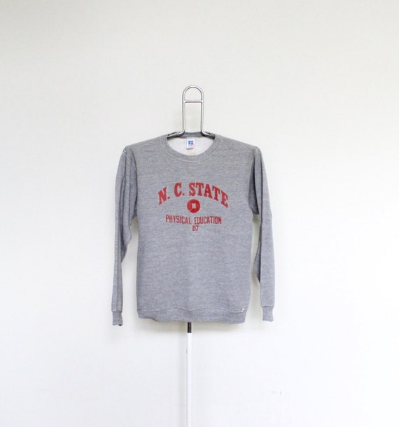 Vintage north carolina state sweat shirt mens small unisex for Nc state basketball shirt