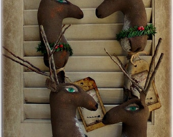Primitive Reindeer| Christmas Reindeer | Reindeer Decor | Christmas decoration | Folk art Reindeer | Reindeer ornament