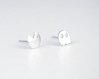 925 Sterling Silver Pacman Earrings Ear Studs A Pair Pac-Man Ghost Video Game Fun Small Cute Asymmetric SS105