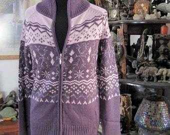 Zip-Up Knit Sweater Adorned with Repeatedly Geometrical Patterns in Purple and Lilac - Large