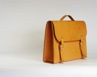Olki - Natural Vegetable Tanned Briefcase
