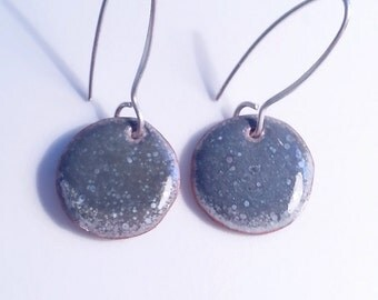 Grey Enamel Earrings coin dot dangle circle gray speckled
