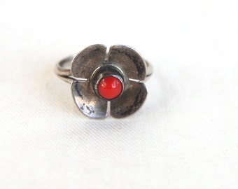 Red Coral Flower Ring Vintage Southwestern Sterling Silver Size 4 .75 Signed Native American Jewelry Pinky Ring