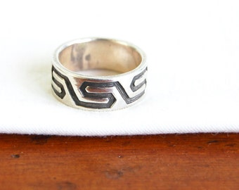 Mexican Tribal Ring Band Size 7 .75 Vintage Sterling Silver Cigar Band Wide Ring Modern Geometric Jewelry