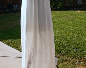 lorriane long cream nightgown size small