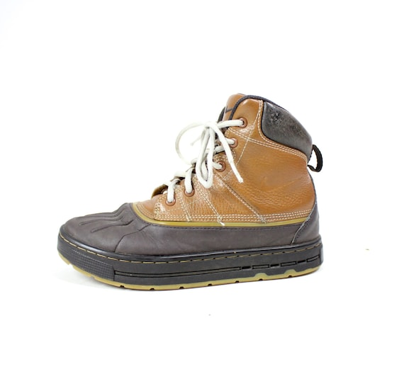 lowest price 44d51 0448a ... durable service Vintage Retro Youth Brown Leather NIKE by  VintageWestCoast on Etsy ...