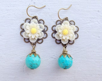 Turquoise Earrings/Daisy Earrings/Boho Earrings/Woodland Wedding Earrings/Flower Earrings/Rustic Wedding Earrings/Boho Bridesmaid Earrings