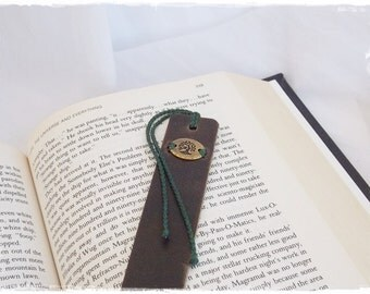Tree Of Life Bookmark, Celtic Leather Bookmark, 3rd Anniversary Gift, Nature Bookmark, Woodland Irish Bookmark, Bibliophile Page Marker