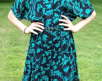Vintage Ladies Black & Green One Piece Romper Culottes by Rampage Size 9 Only 10 USD