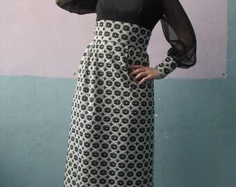 Vtg 70s Maxi Dress / Sheer Sleeve / Goddess