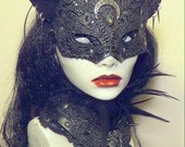 Gothic Venetian Cat Witch mask & feathered collar