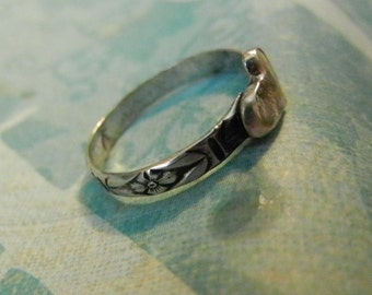 Petite Ring, Floral Band, Tiny Heart, Tiny Stackable sterling ring, TLW, Sister, BFF, Love You Ring