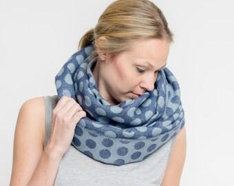 merino scarf dots // ocean