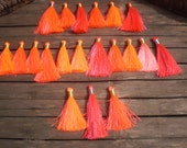 Set Of 20 Silky Tassels Mixed Sizes Bright Pinks Color, Gold/Silver Tie Thread