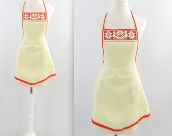 Folk Art Full Apron - Vintage 1960s Scandinavian Cross Stitch Kitchen Accessory in Small