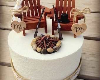 Rustic Hunting Wedding Cake Toppers / Wedding Cake Topper Cabin Chairs / Hunter Wedding/Rustic Wedding / Camo Wedding