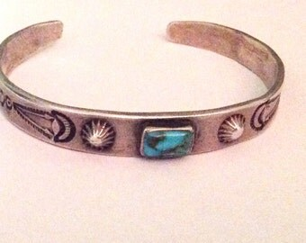 Vintage Navajo stamped sterling silver cuff bracelet turquoise stone