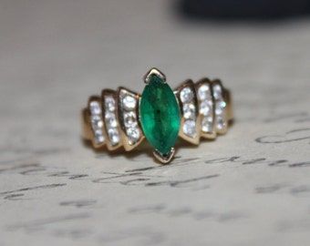 Vintage 14K Emerald and Diamond Yellow Gold Ring- FREE SHIPPING and INSURANCE