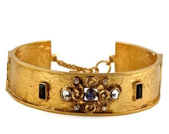 Vintage BALENCIAGA Jewelled Gilt Hammered Rigid  Choker Necklace