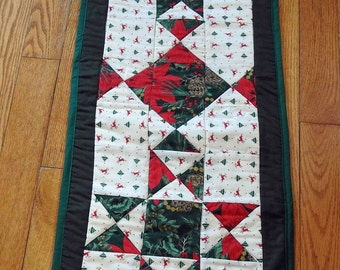 Christmas Stars Patchwork Table Runner