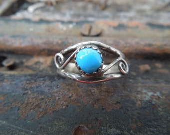Sterling Silver Ring Turquoise Size 6.5 or 6 1/2 Modern Modernist