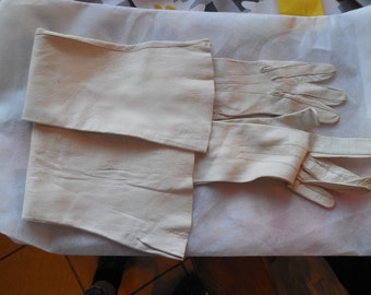 Vintage soft white leather opera gloves small mid-century