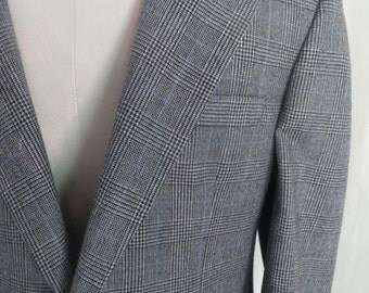 Vintage 80s Bill Blass mens jacket, wool sportscoat, black white plaid sportsjacket, blazer, suit jacket