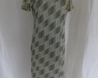 Vintage womens shift summer dress, geometric olive green white dress, short sleeve