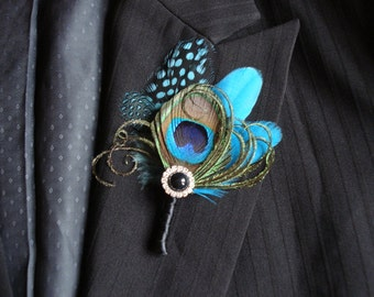 Peacock Feather Boutonniere, Peacock Boutonniere, Peacock and Pearl Boutonniere, Peacock Wedding Boutonniere or Corsage, Groomsmen, Groom