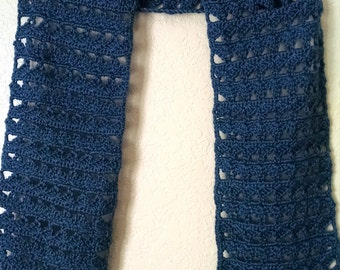 Crochet scarf blue lacy shells