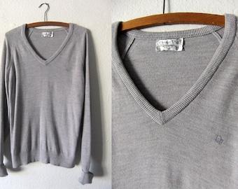 Classic Christian Dior Deep V Neck Sweater - Minimalist Chic Simple Designer Vintage Knit Jumper - size Large