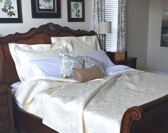 Whole Cloth Queen Quilt w/ Elegant Quilting Custom Quilt Heirloom Wedding Queen Full Size Ivory White