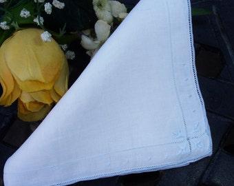 Hankie, Linen Hankie, Embroidered hankie, Ladies hankie, Blue and white, Girls hankie, Flower girl, wedding, vintage accessory