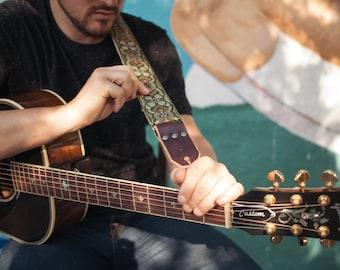 Gitarrengurt - grüne Paisleys gewebte Band auf Hanf Gurtband - Vintage-Stil Strap - Bass, akustische und elektrische Gitarren