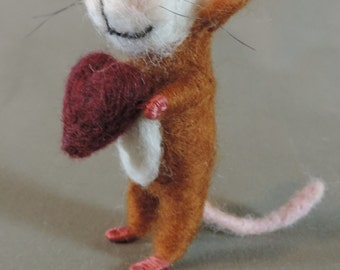 """Needle felted Valentines mouse, 3"""" tall,  art doll, rust color mouse with burgundy heart"""