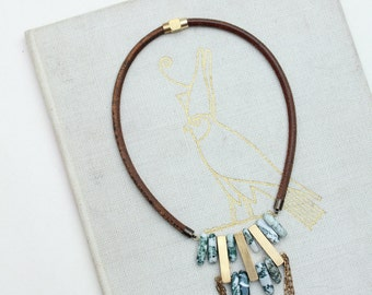 HORI statement necklace - Brass, jasper and antique leather
