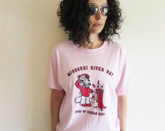 Vintage Distressed Missouri River Rat Port of Kansas City Pink Screen Stars T Shirt