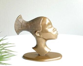 Sculpture, African woman brass head, profil bust mid century modern, 1950s