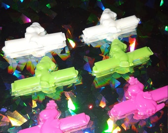 wonderful colored plastic: neon dino hair barrettes